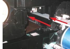 Align cartridge along rails